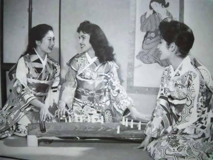"""Résultat de recherche d'images pour """"wanda jackson in japan"""""""