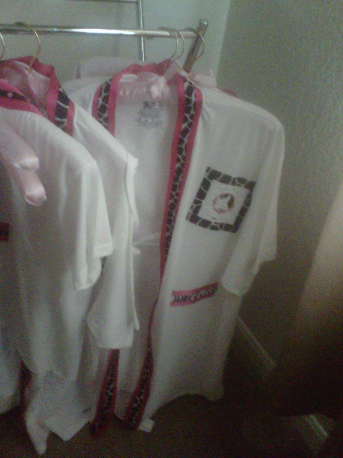 79102c2f28 Cute spa party idea! To create the robe....cut the t-shirt down the ...