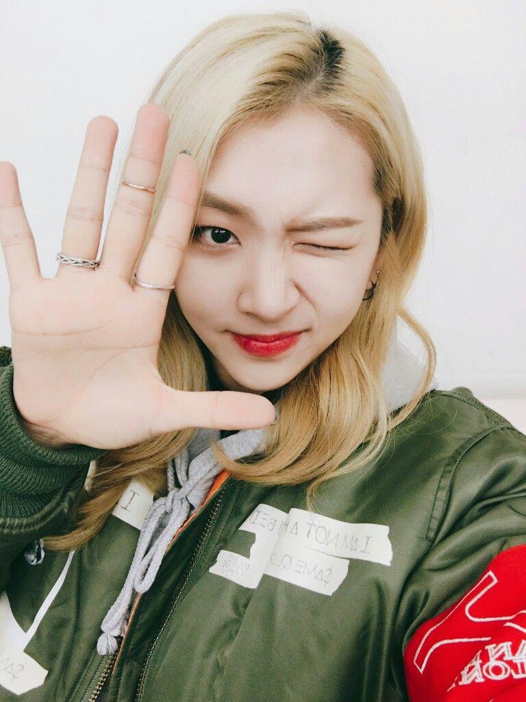 Jiwoo K A R D Kard Somin Jiwoo Bm Jseph ♡ K A R D