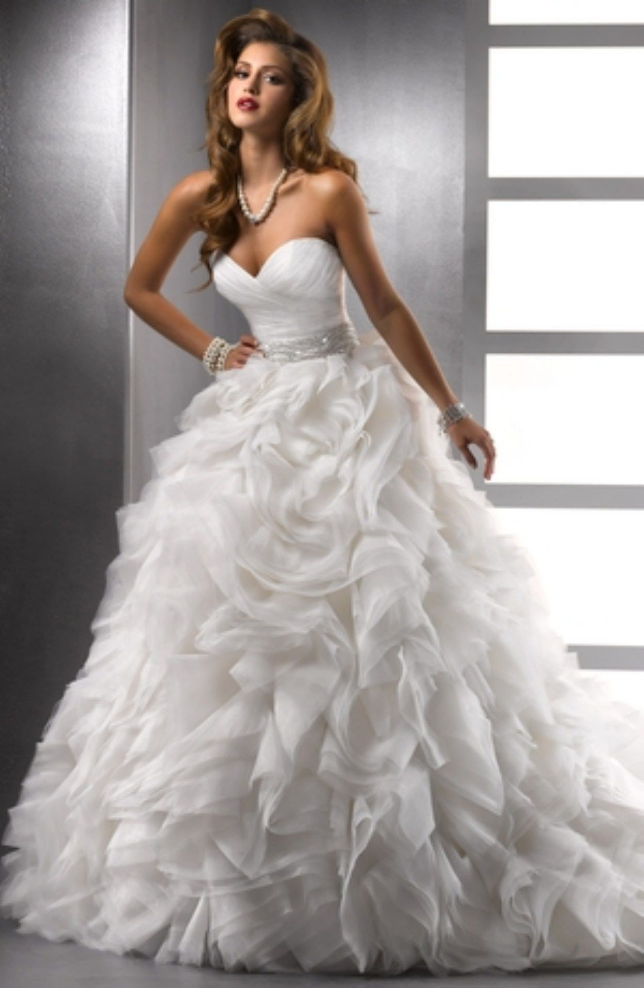 Breathtaking disney princess wedding dress to fullfill your wedding ...