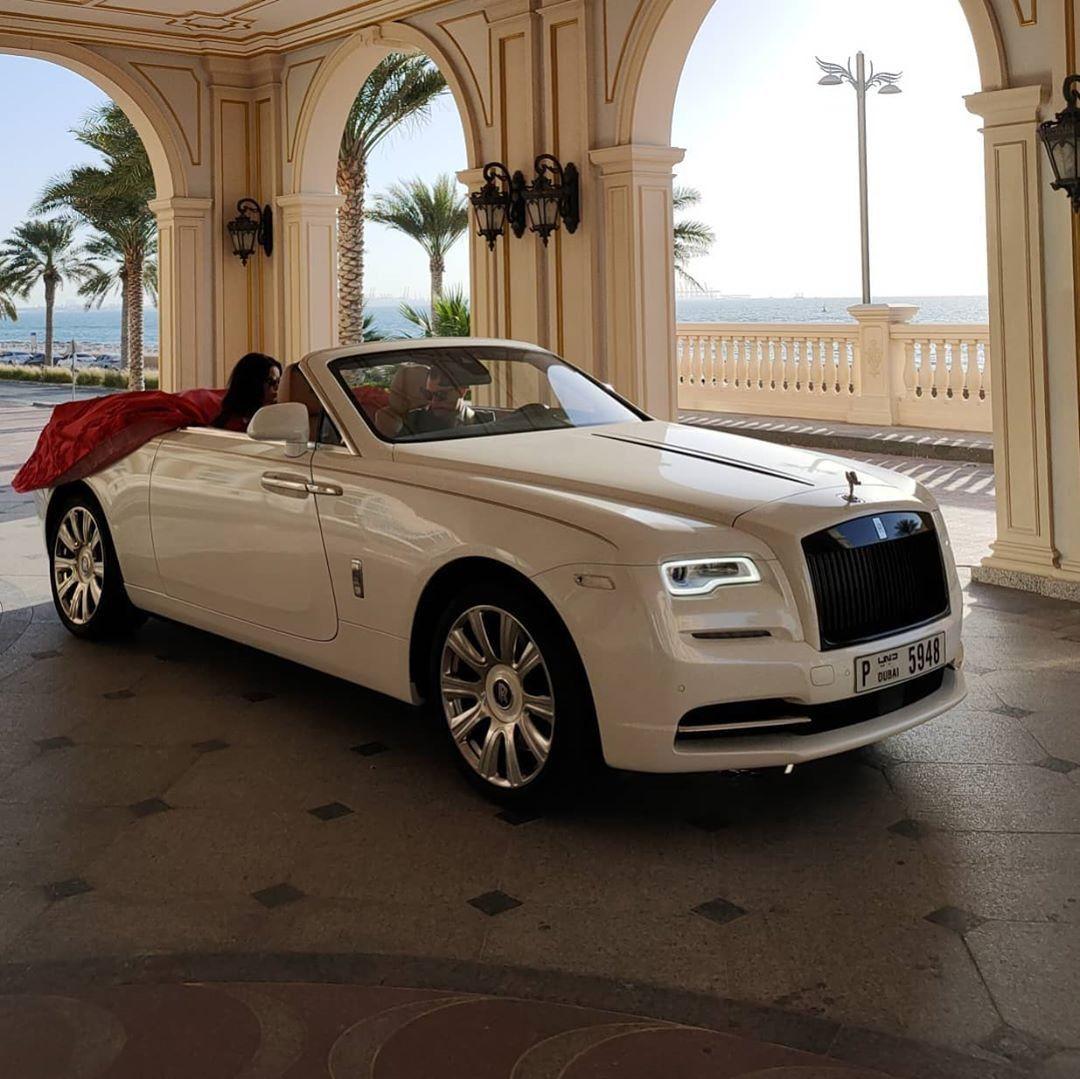Rolls Royce Dawn Rental Dubai In 2020 Luxury Car Hire Luxury Car Rental Rolls Royce Rental