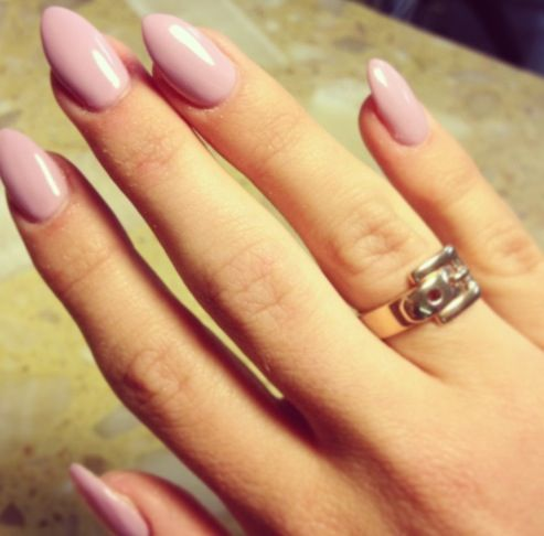 Hot Nail Trend Almond Shaped Nails Just Like The Color