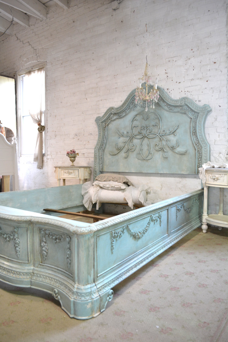 French Bed Painted Cottage Shabby Chic Queen Bed BD744