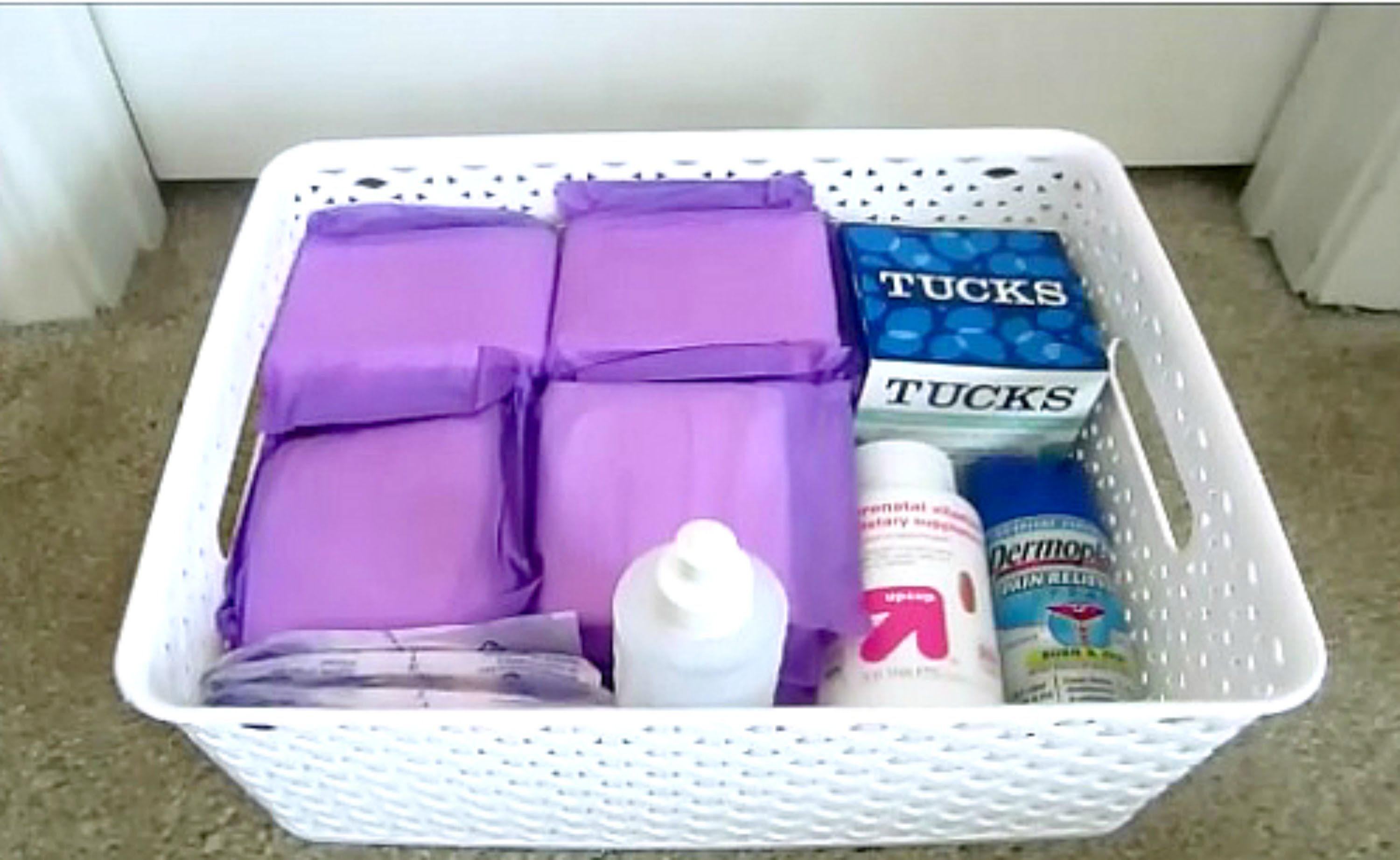 Diy Postpartum Basket Many In The Comments Said To