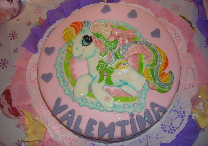 Torta decorada con fondant. Mi Pequeño Pony