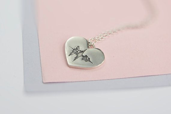 Soundwave Heart Necklace, Sound Wave, Waveform, Sterling Silver, Soundwave Art, Soundwaves, Voice, Soundwave Jewelry, Waveform Art  Say it in silver with this beautiful personalised soundwave heart necklace. This solid sterling silver heart is designed with a visual representation of any sound of your choice. As each person's voice is different your jewellery will be unique to you. The heart is approximately 2.4 cm by 2cm. The chain is 18 inches in length. If you would like a different…