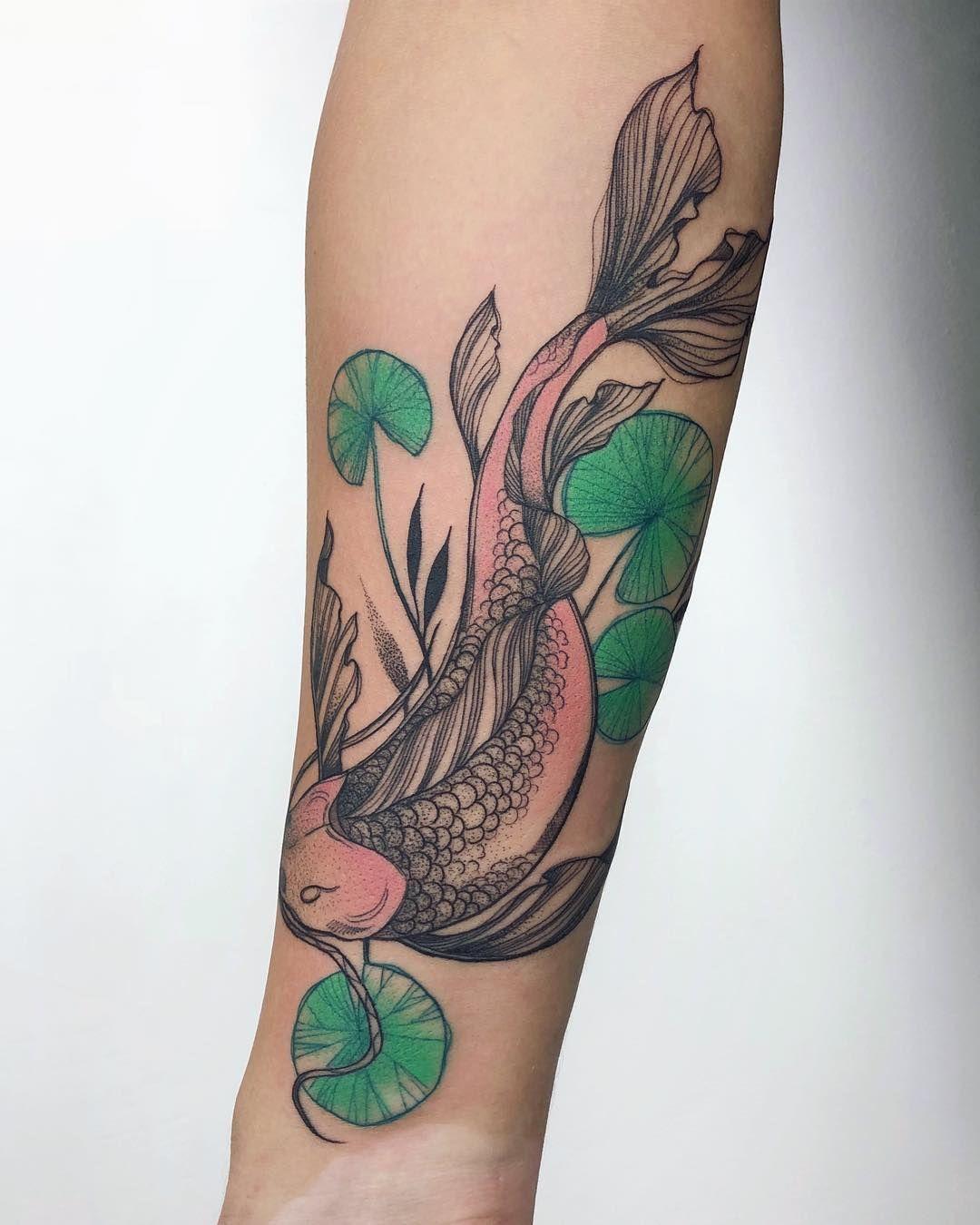 Tatuagem de carpa 75 ideias femininas com significados