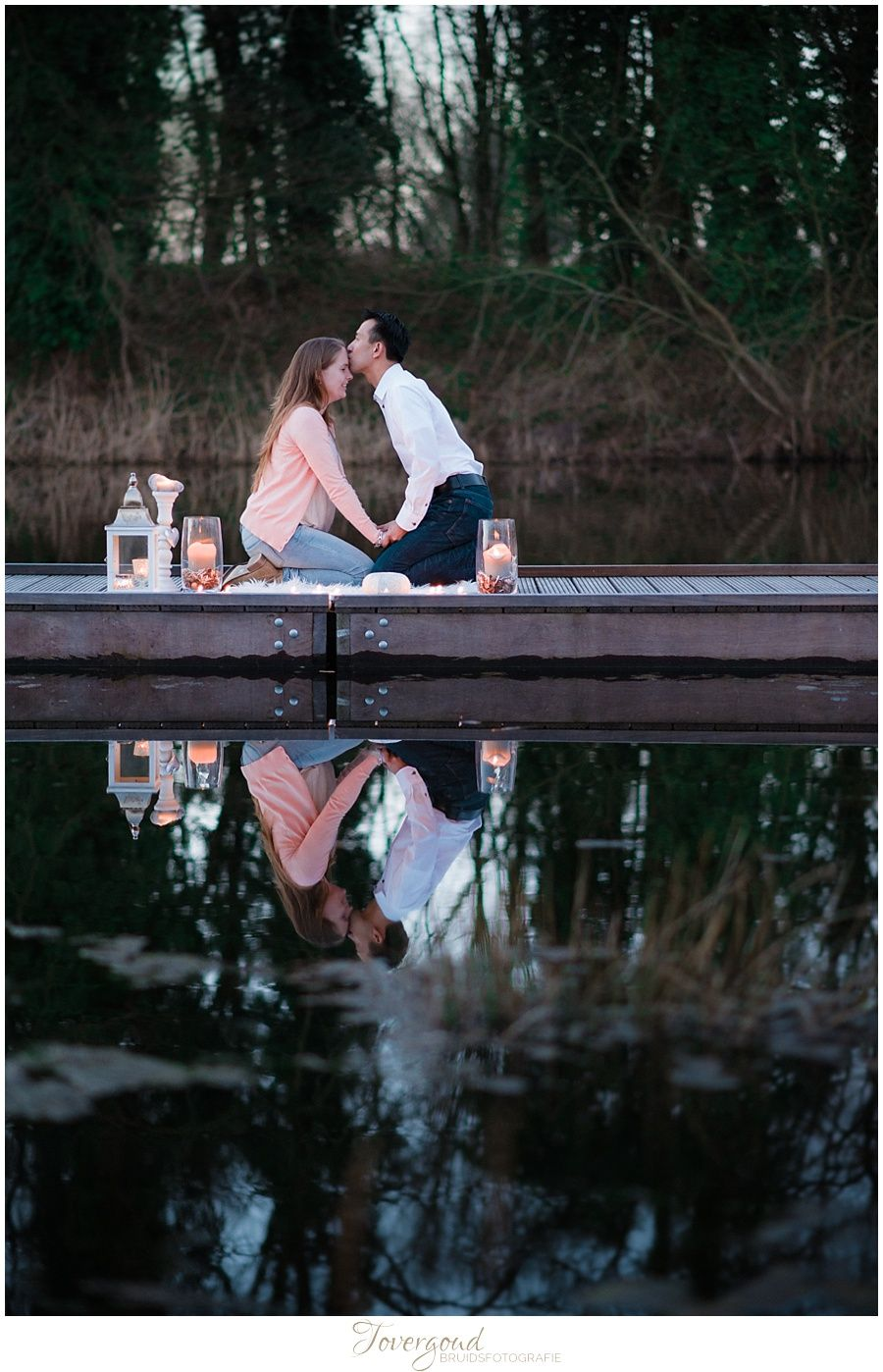 Wow, how romantic! Love at candle light... More at www.tovergoud.nl