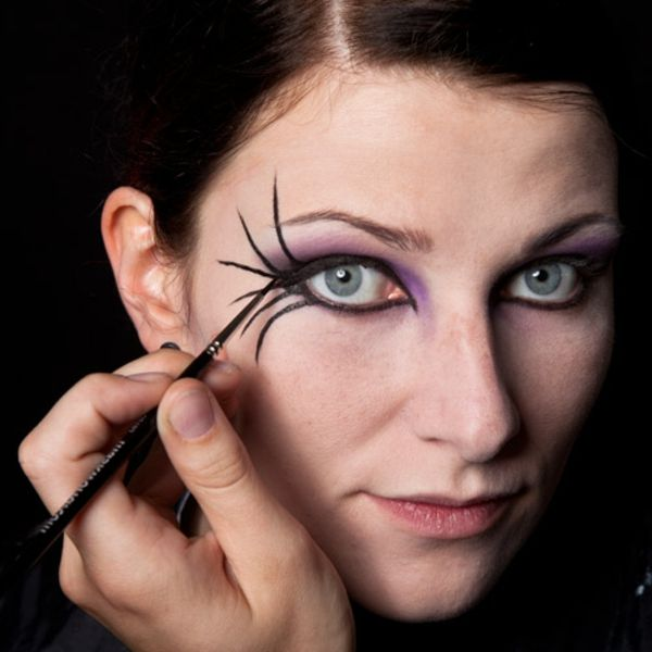 Halloween Gesichter Hexe.Halloween Gesichter 32 Neue Vorschlage Archzine Net Halloween Gesicht Schminkzeug Hexe Schminken Frau