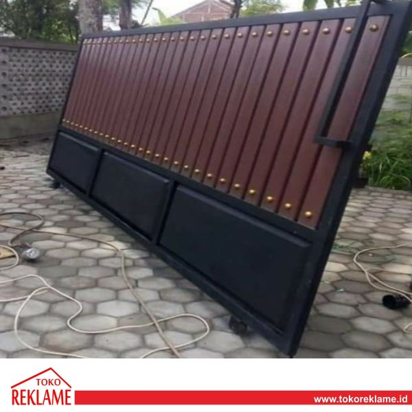 Jasa Buat Pagar Rafa Jaya Steel Semarang | Toko Reklame Indonesia Di 2020 |  Minimalis, Semarang, Reklame