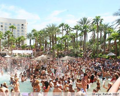 I need to party there. someone take me there!!!!