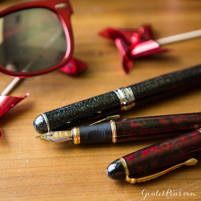Jinhao pens are a great pen to keep on you or gift to a friend!