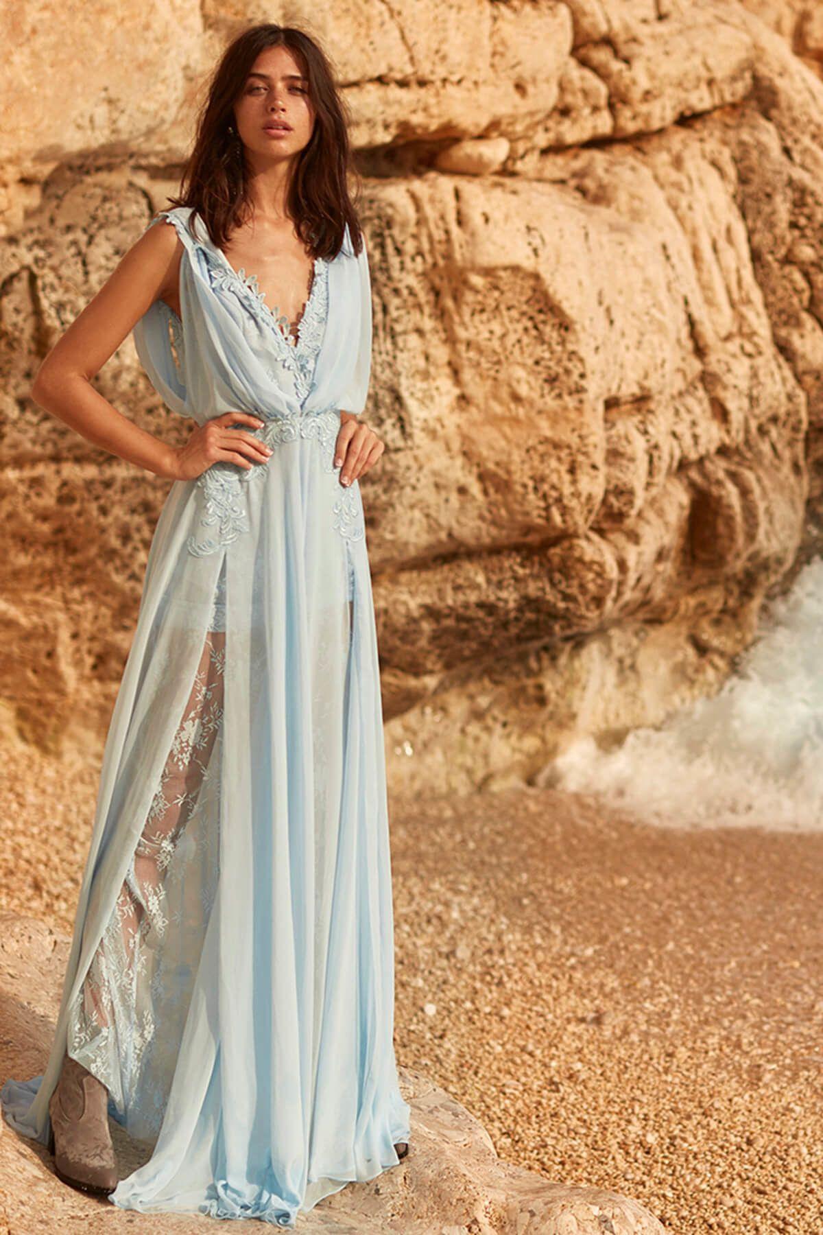 cdfb9661ec2c6 Tuvanam For Trendyol - Tuvanam For Trendyol Mavi Aplikeli Abiye Elbise