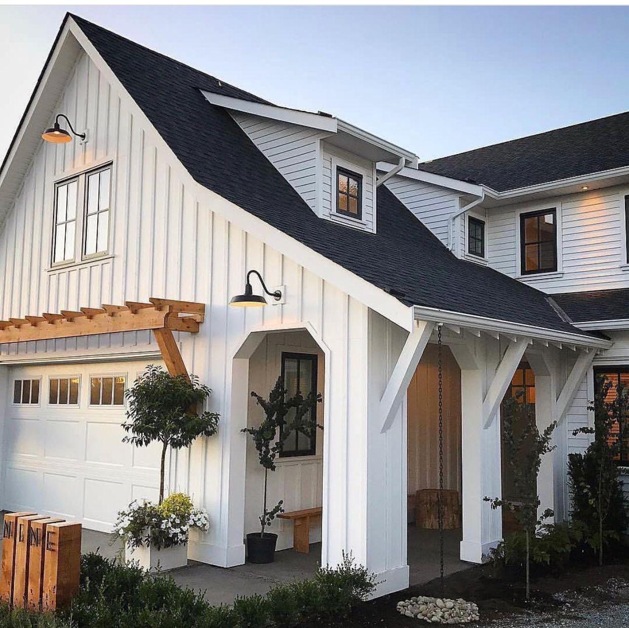 White Farmhouse Exterior, Modern