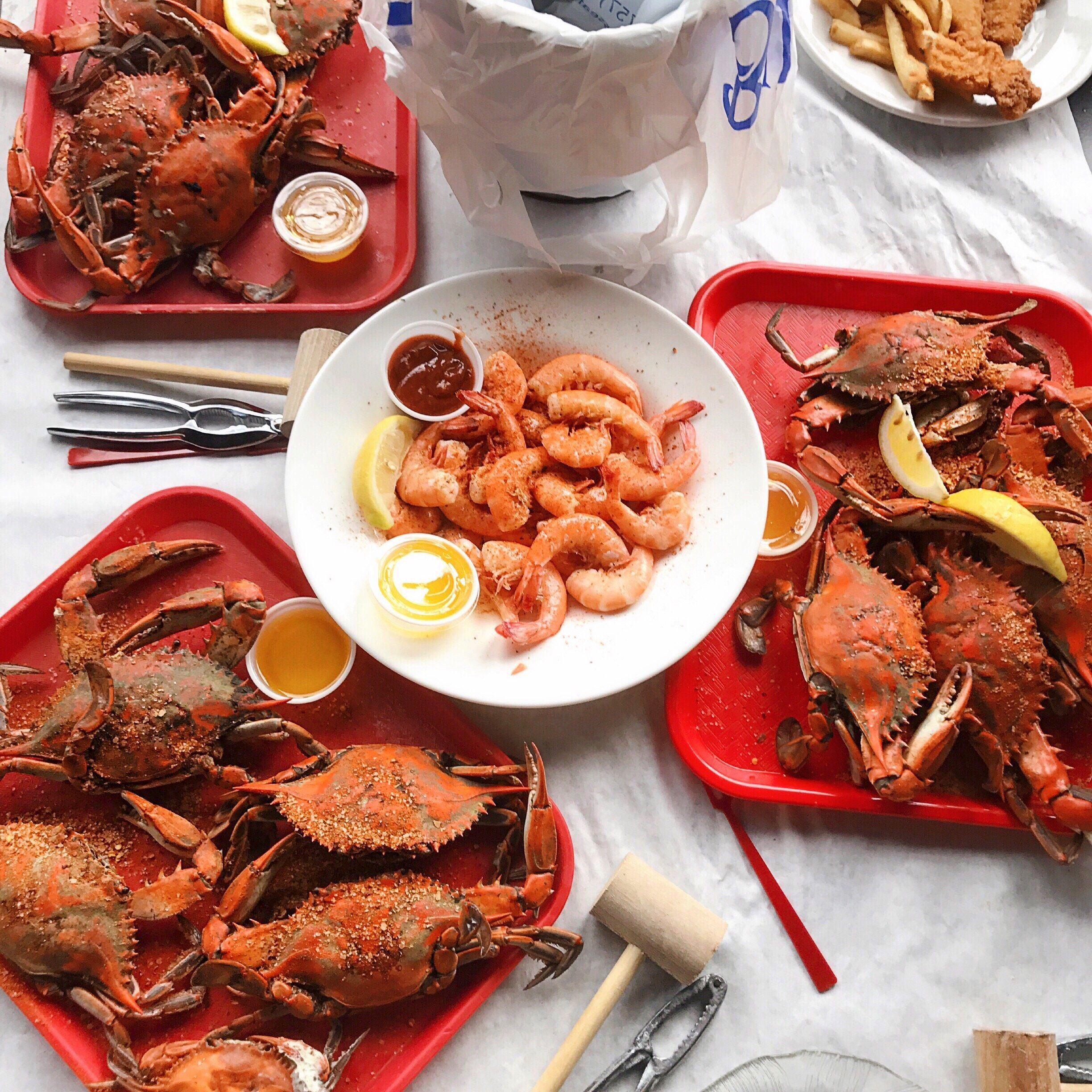 The Best Crab Shacks In America Best Crabs Crab Shack Seafood Restaurant