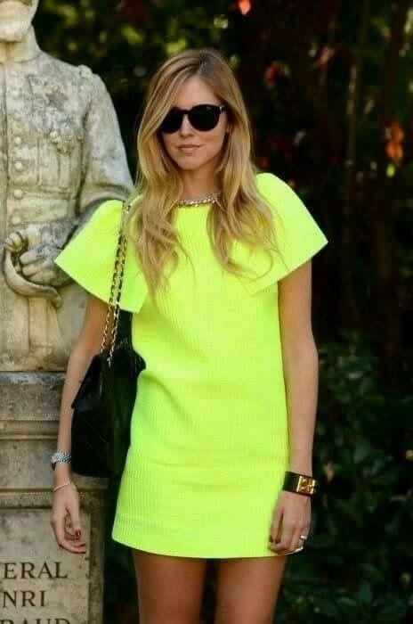 Visuel Femme Tshirt Fluo - Tendances mode 2019 - ordinari.shop