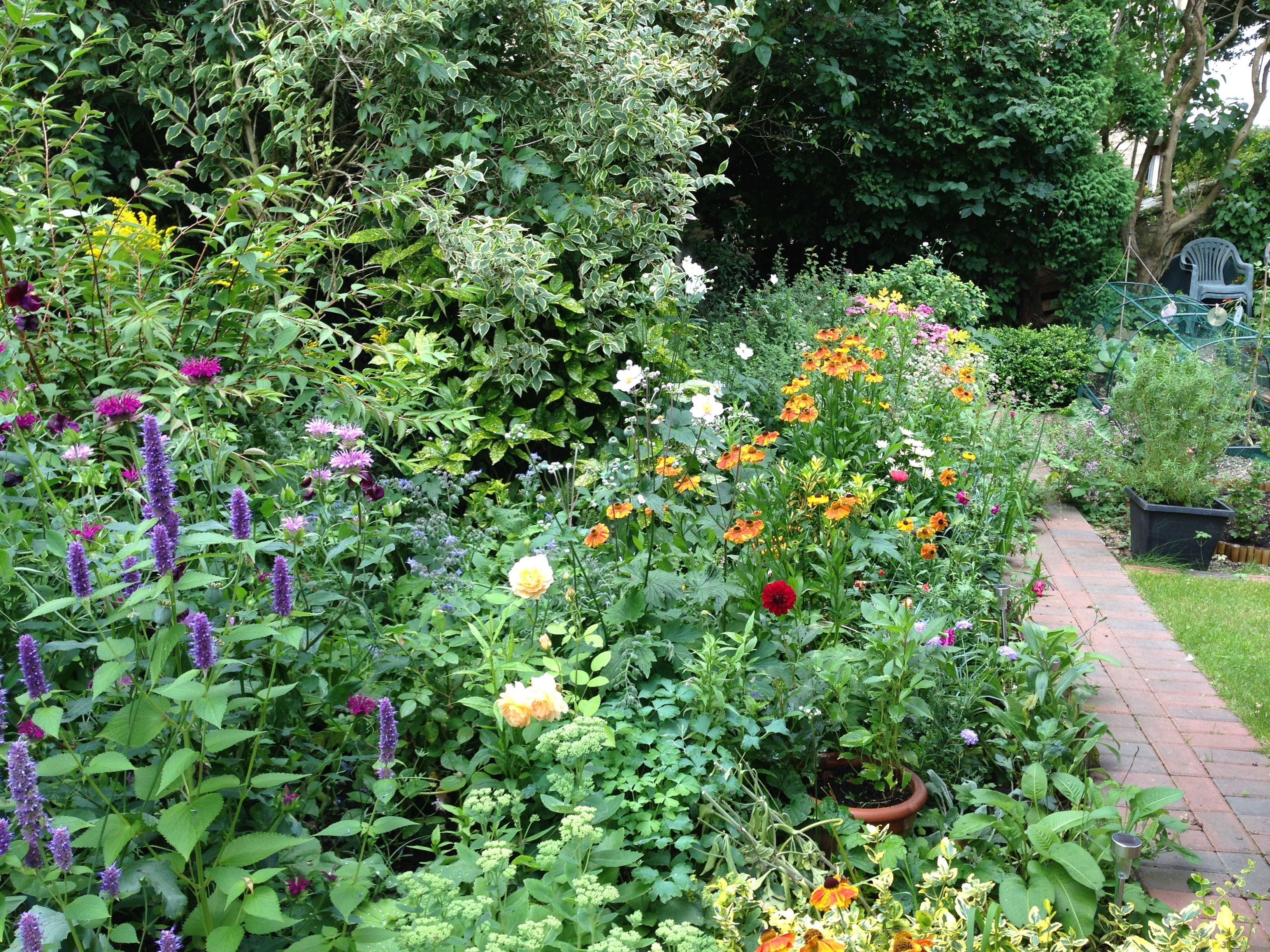 Flower Garden Plans Flower Bed Designs Flower Garden Plans Flower Garden Layouts Garden Planning