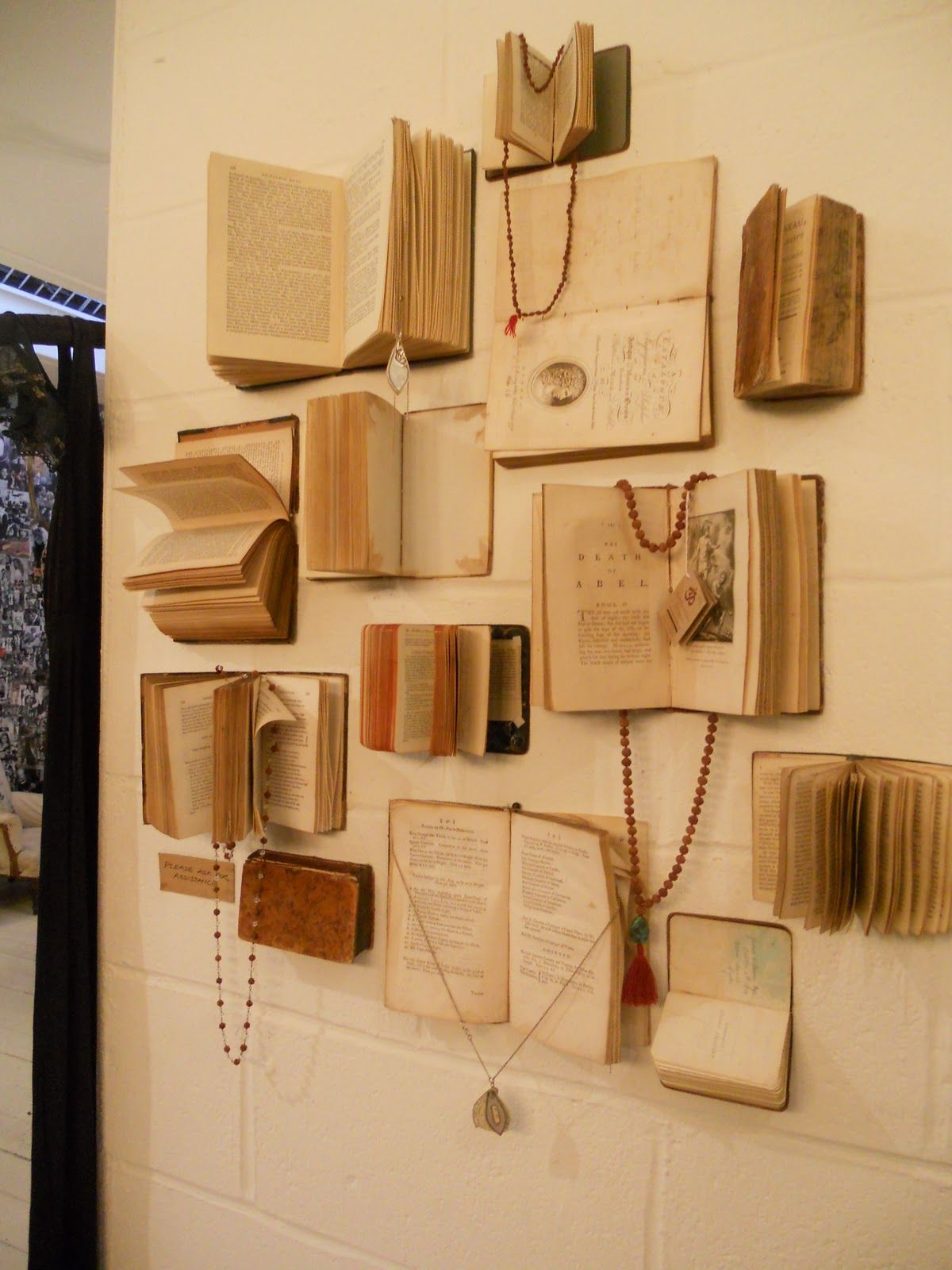 Easy Ideas To Create Stunning Wall Displays Book Crafts Book Wall Book Decor