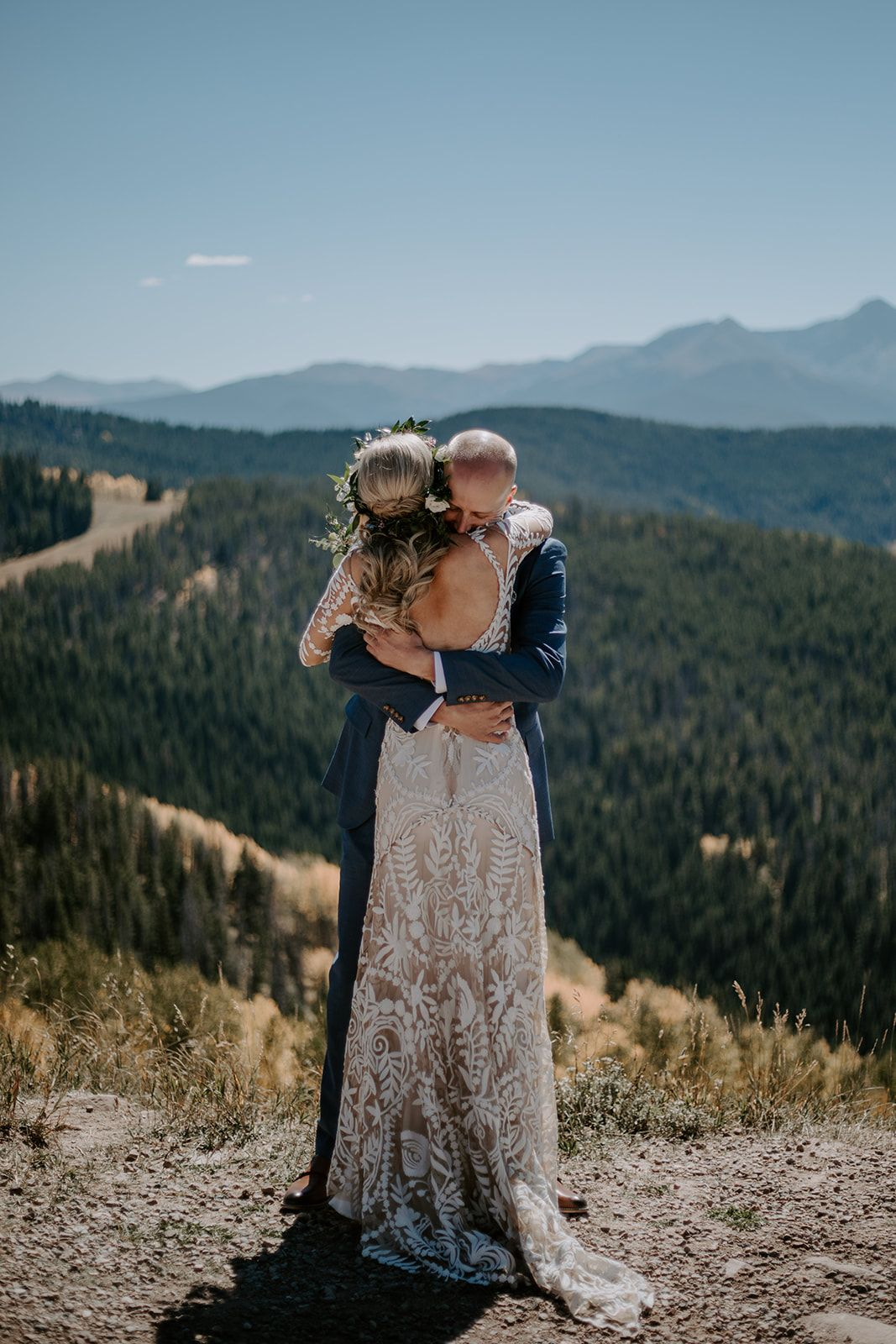 Bohemian Mountaintop Wedding Ceremony In Vail Colorado Real Wedding Mountain Top Wedding Mountain Bride Wedding Ceremony