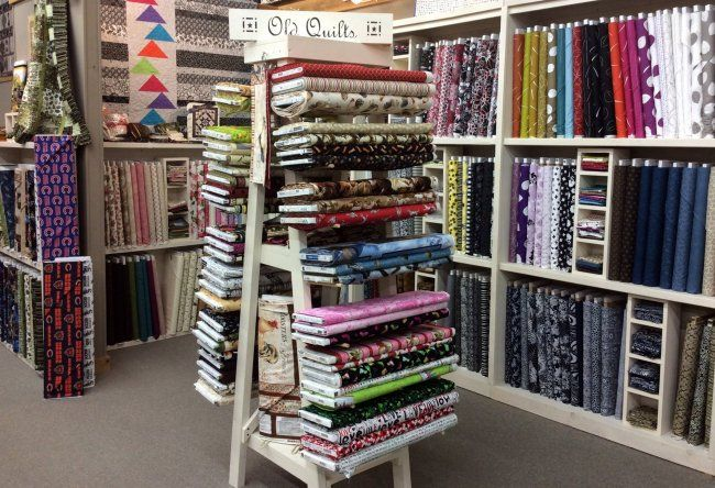 Countryside Village Gifts And Quilt Fabric Shop Fabric Store Displays Fabric Shop Display Fabric Store Design
