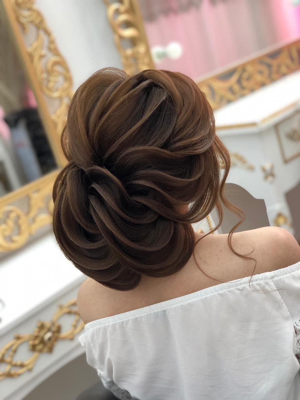 Pin By Orxideya Beauty Studio On Wedding Make Up Hair Styles Hair Care Wedding Photoshoot