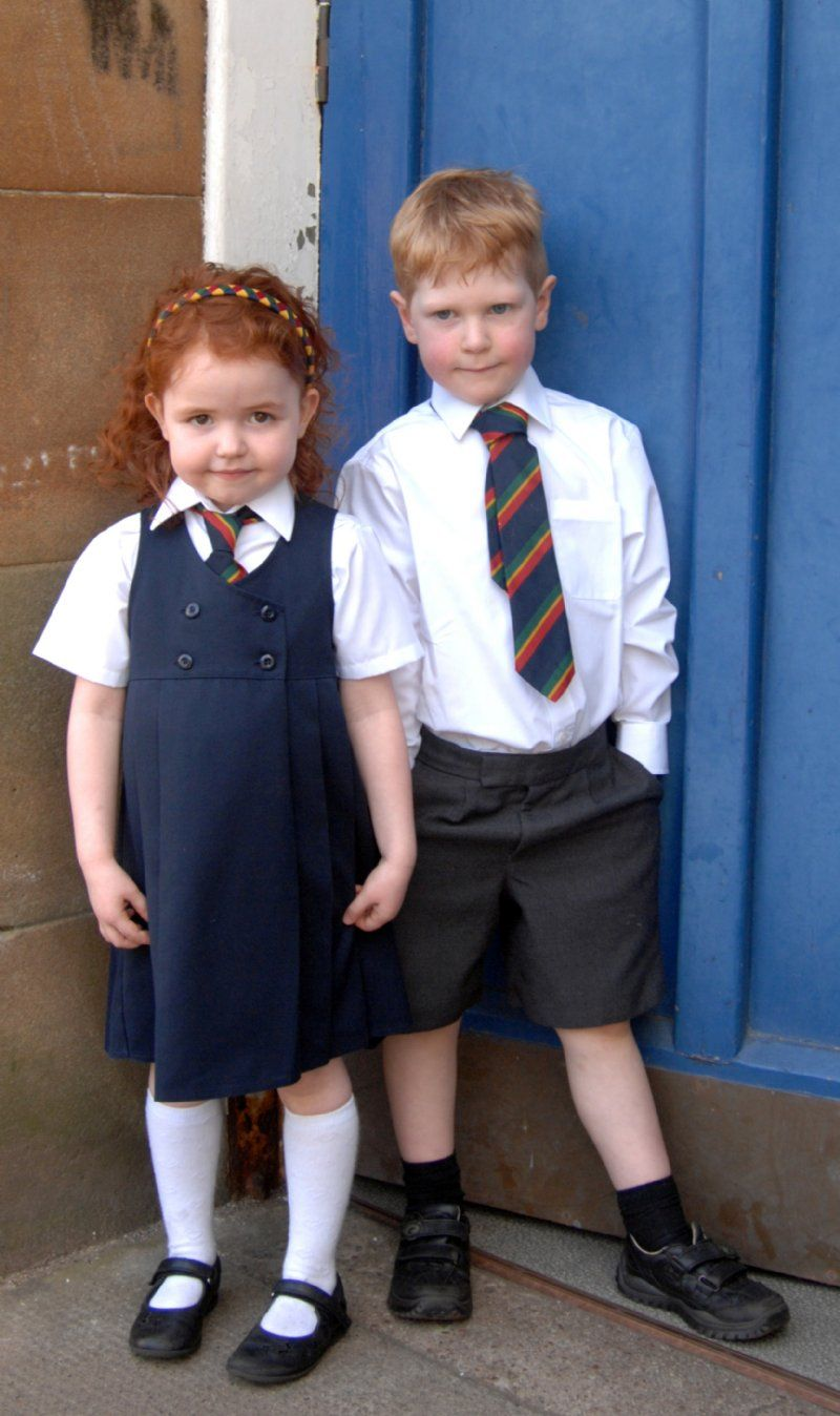 the effects of wearing school uniforms The effects of school uniforms on self esteem  frequency is how school uniforms effect children's feelings about  to require their students to wear school .