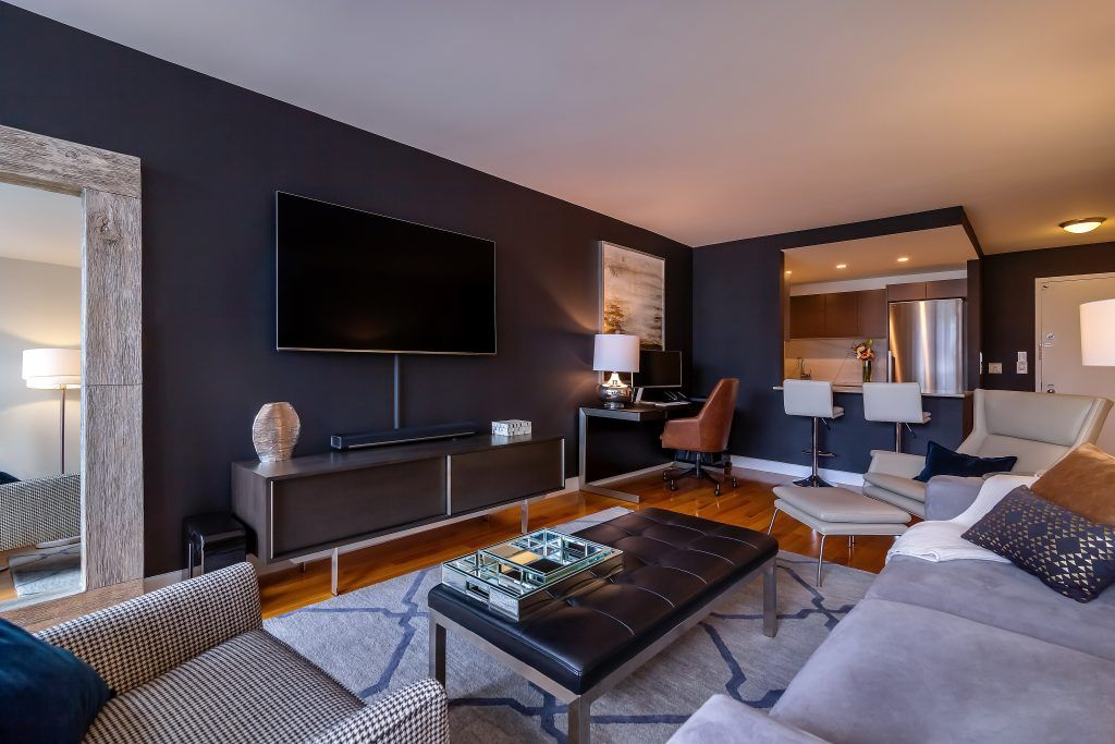 Before After Modern Bachelor Pad Design Bachelor Pad Living