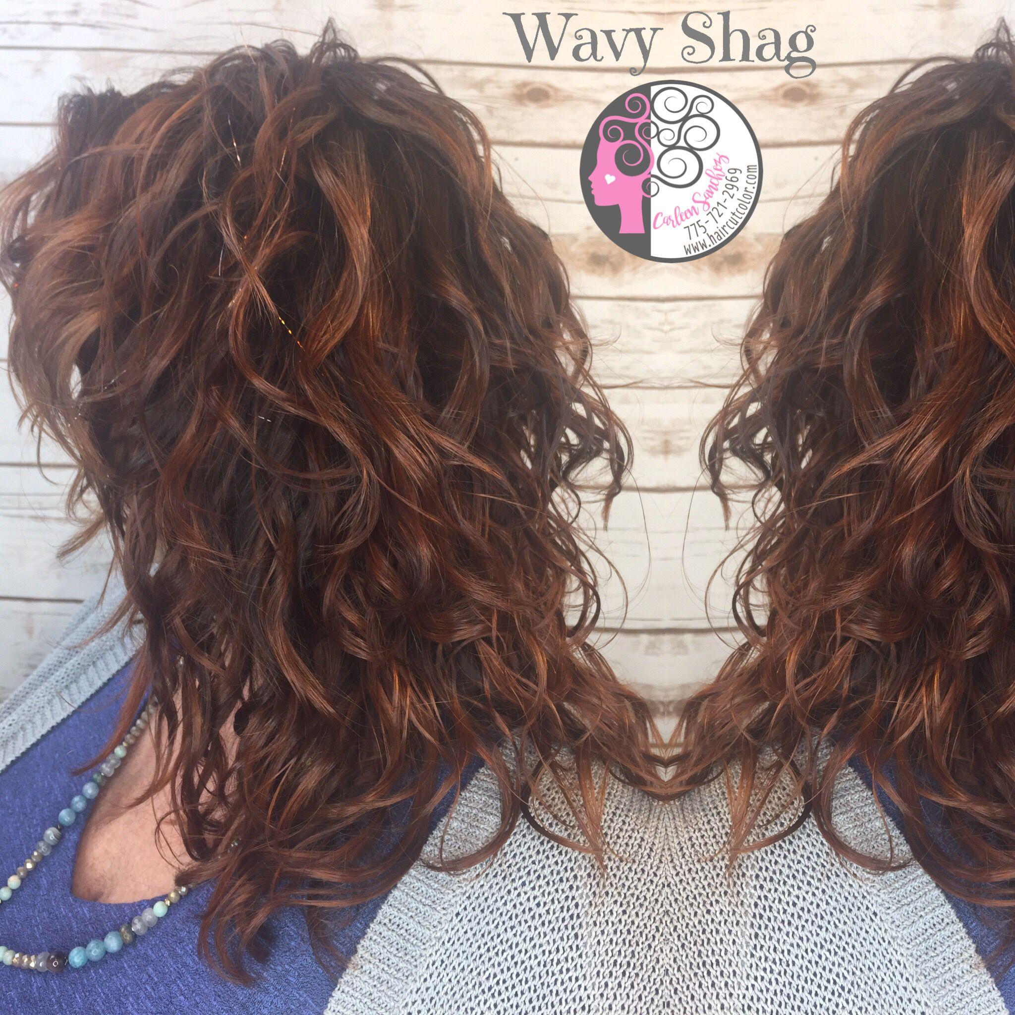 Naturally Curly Wavy Red Balayage Highlights Auburn Fall Hair By Carleen Sanchez Nevada S Curl Anti Agi Auburn Balayage Balayage Hair Red Balayage Highlights