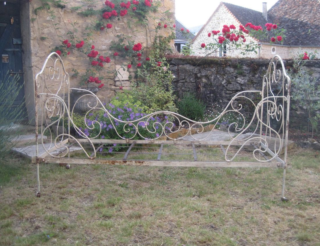Antique French Wrought Iron Daybed, Garden Bench, Seat, Sofa, Small Childu0027s  Bed
