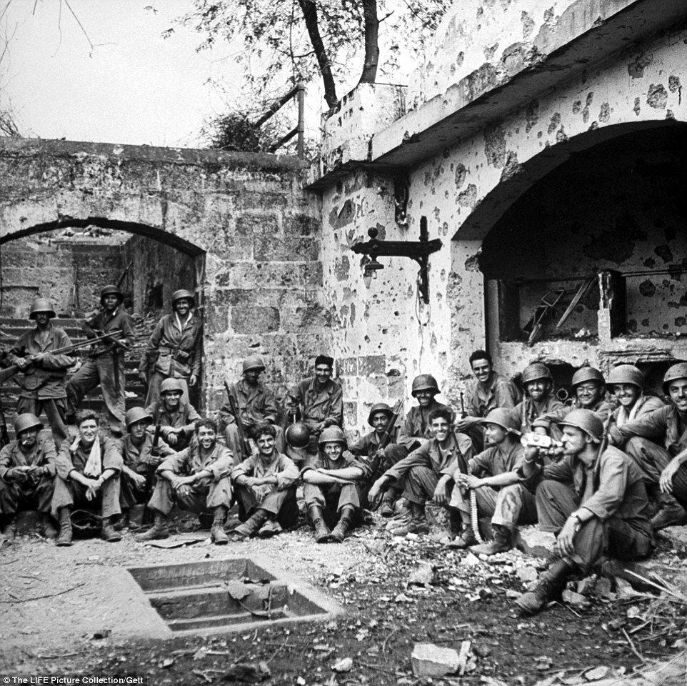 Horrors of World War 2 depicted by horrifying Photographs