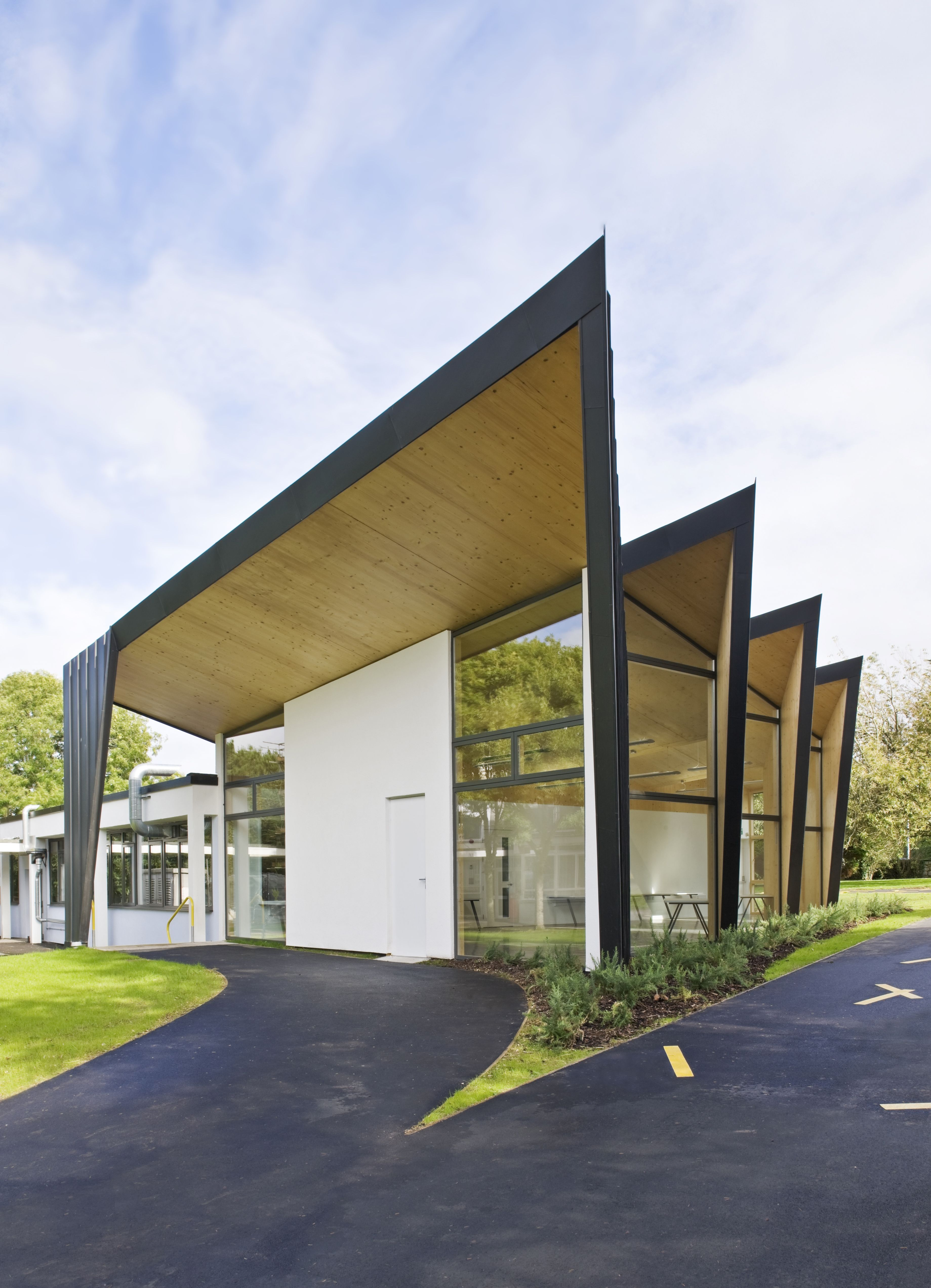 Falmouth School - designed by Urban Salon, built by Cowlin Construction and supplied and installed by KLH UK.