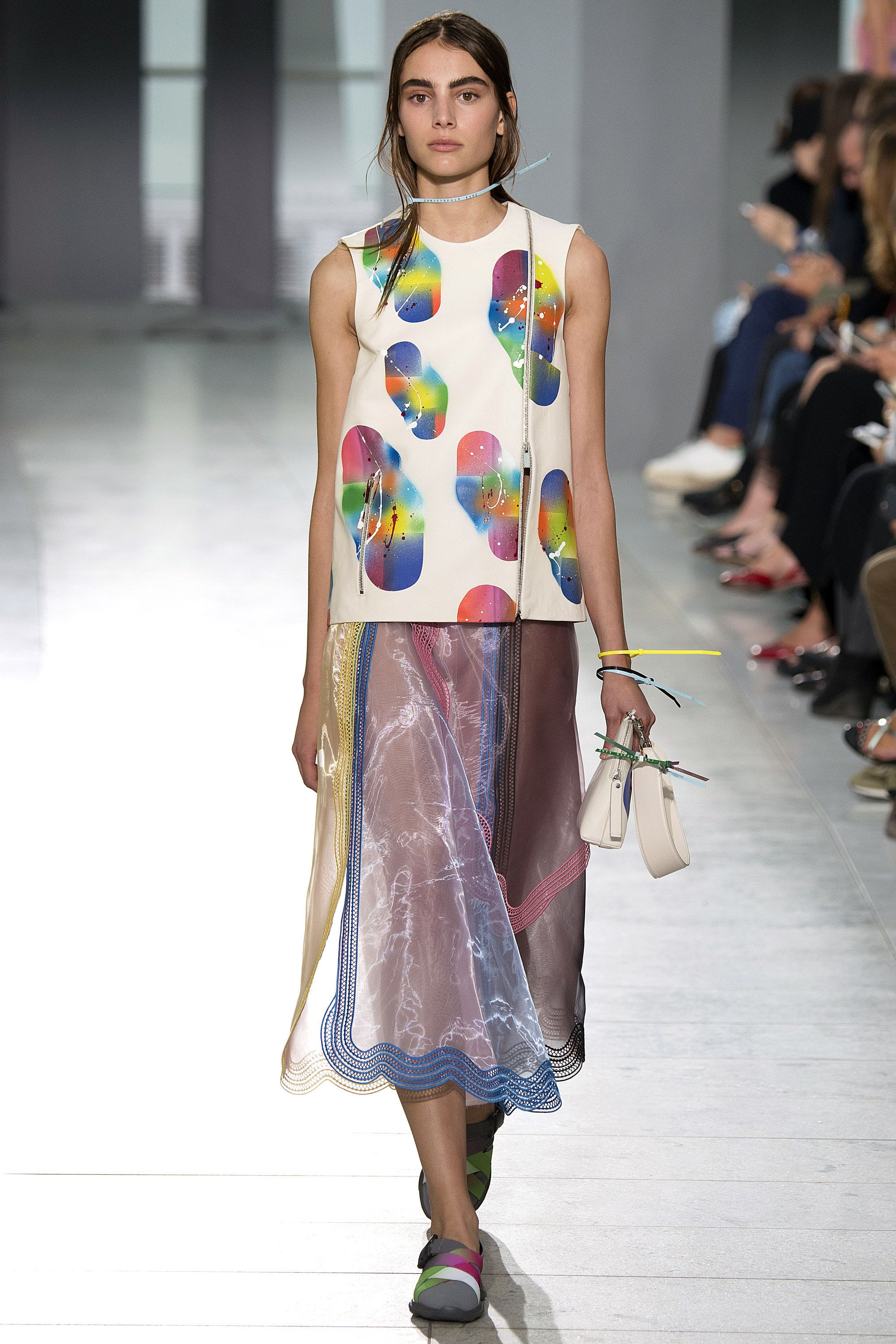 Christopher Kane Gets At '40s With DIY Touches for SpringSummer 2019