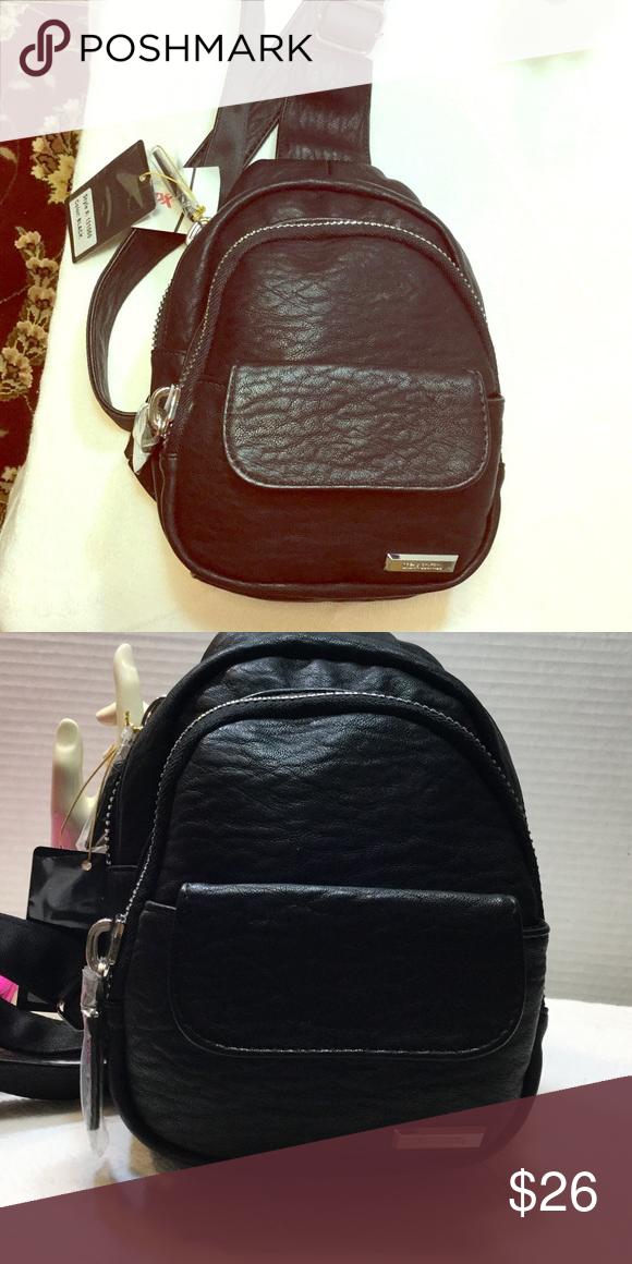 5c1fde5bfb4a Backpack 🎒 Black leather single shoulder back pack dream control Bags  Backpacks