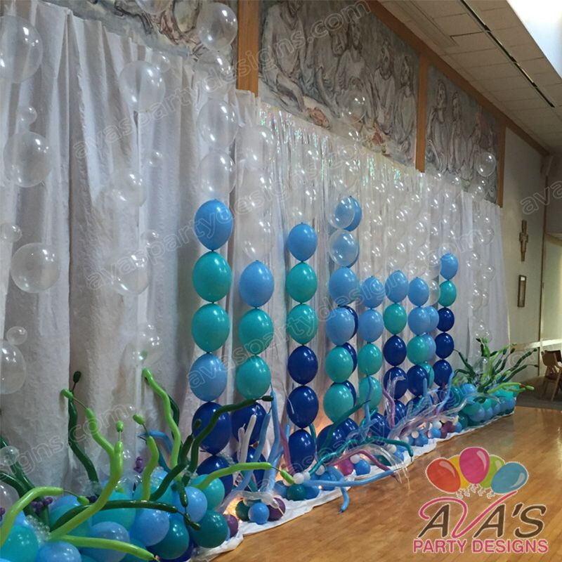 Quicklinks balloon backdrop great for beach or under the for Balloon decoration on wall for birthday