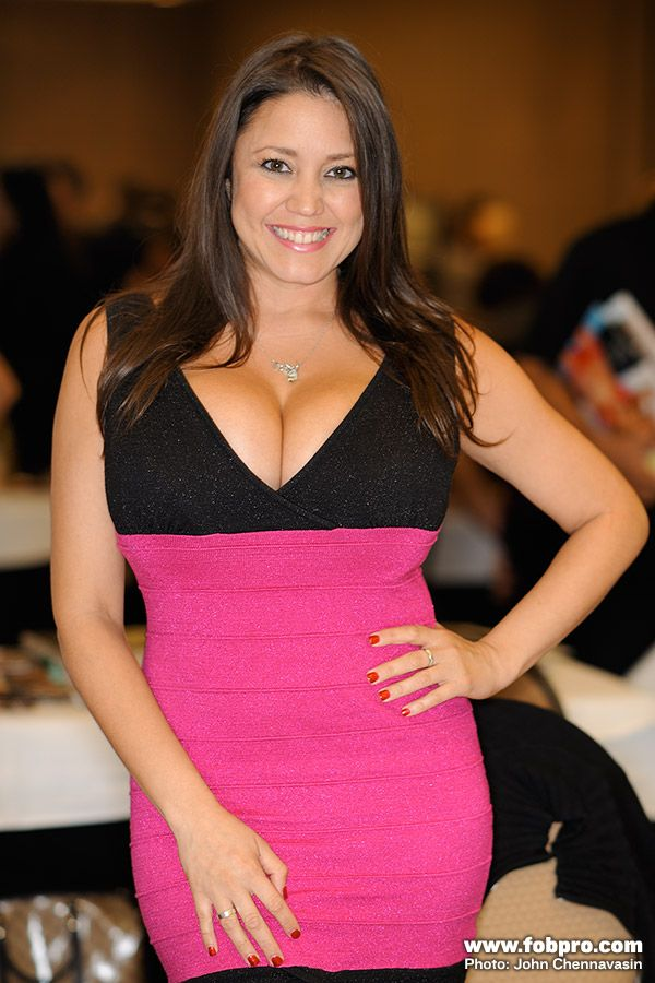 Miriam Gonzalez 4 Hot Women Formal Dresses Miriam