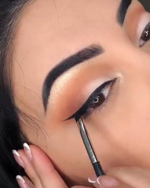 Gold Eye MakeUp Tutorial #eyebrowstutorial