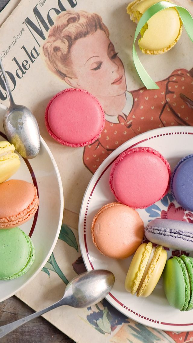 Macaron Wallpaper For Iphone And Android Macarons Pinterest