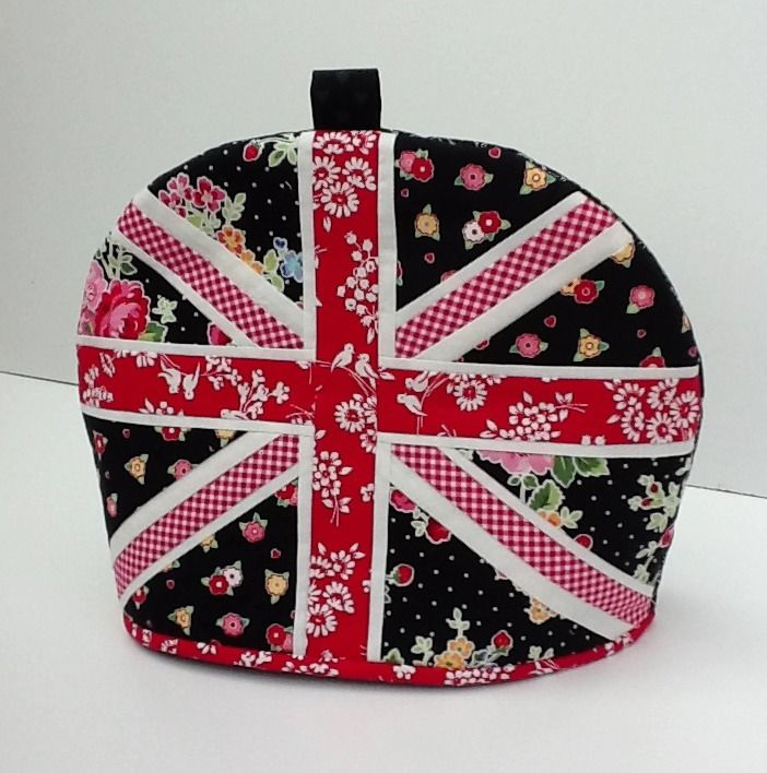 Lily\'s Quilts: Pam Kitty Tea Cosy Tutorial | Brit Love | Pinterest ...