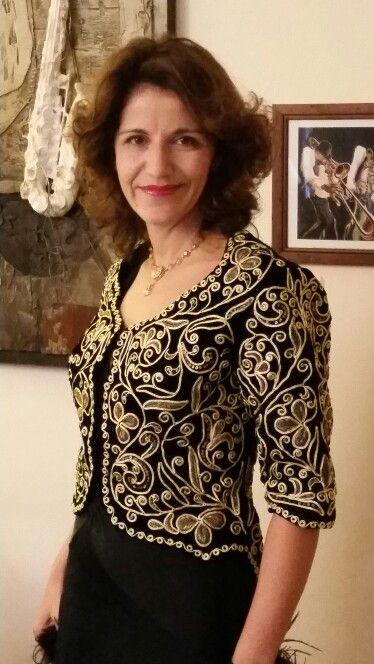 Karakou Veste Brodee A La Main Plusieurs Semaines De Travail
