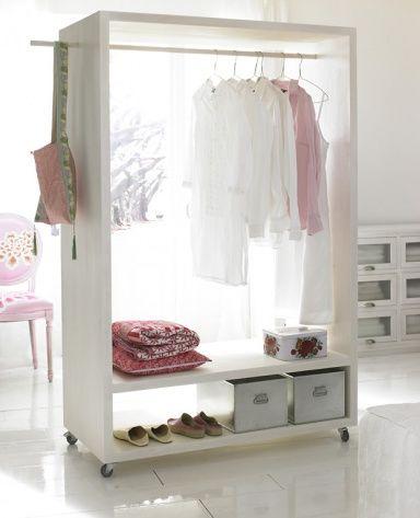 kleiderstange und wie man sie inszeniert g stezimmer stauraum und kleiderstange. Black Bedroom Furniture Sets. Home Design Ideas