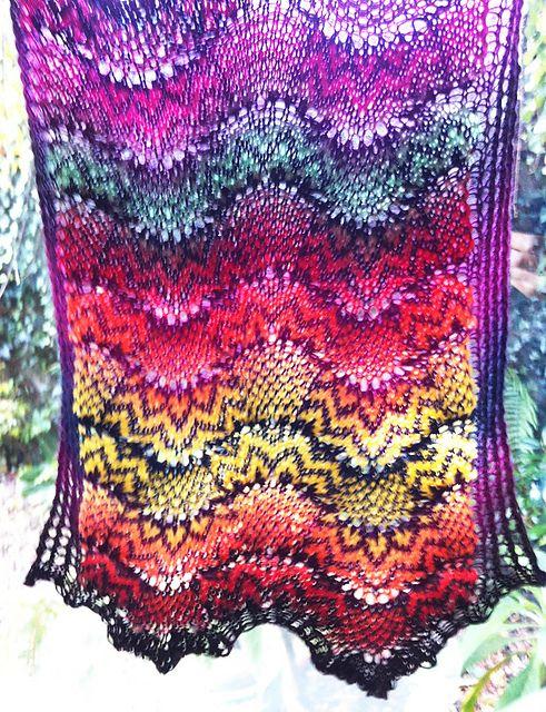 Tigerlily Brocade pattern by Kieran Foley | Exótico, Chal y Artesanía