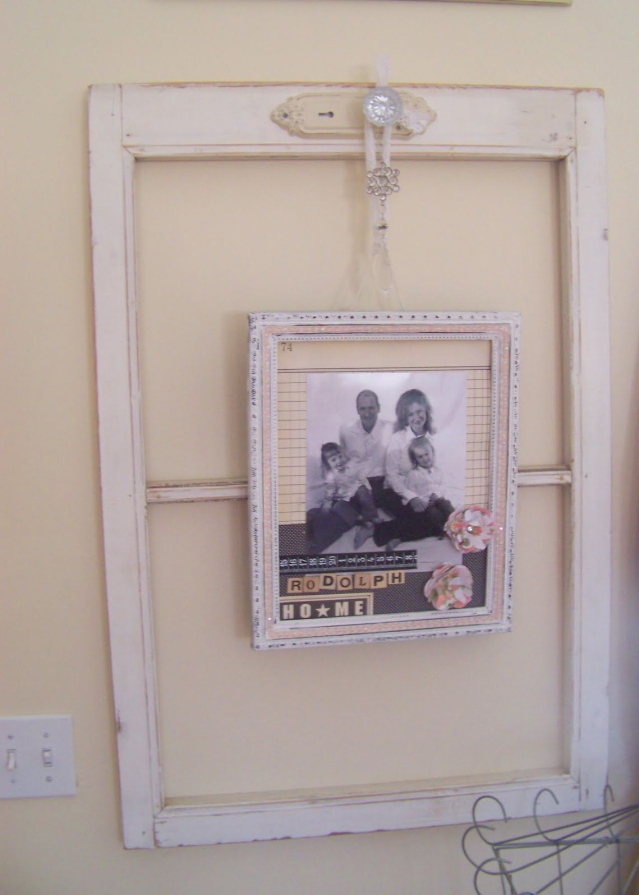 ideas-on-decorating-old-window-frame-to-unique-picture-frame-with ...