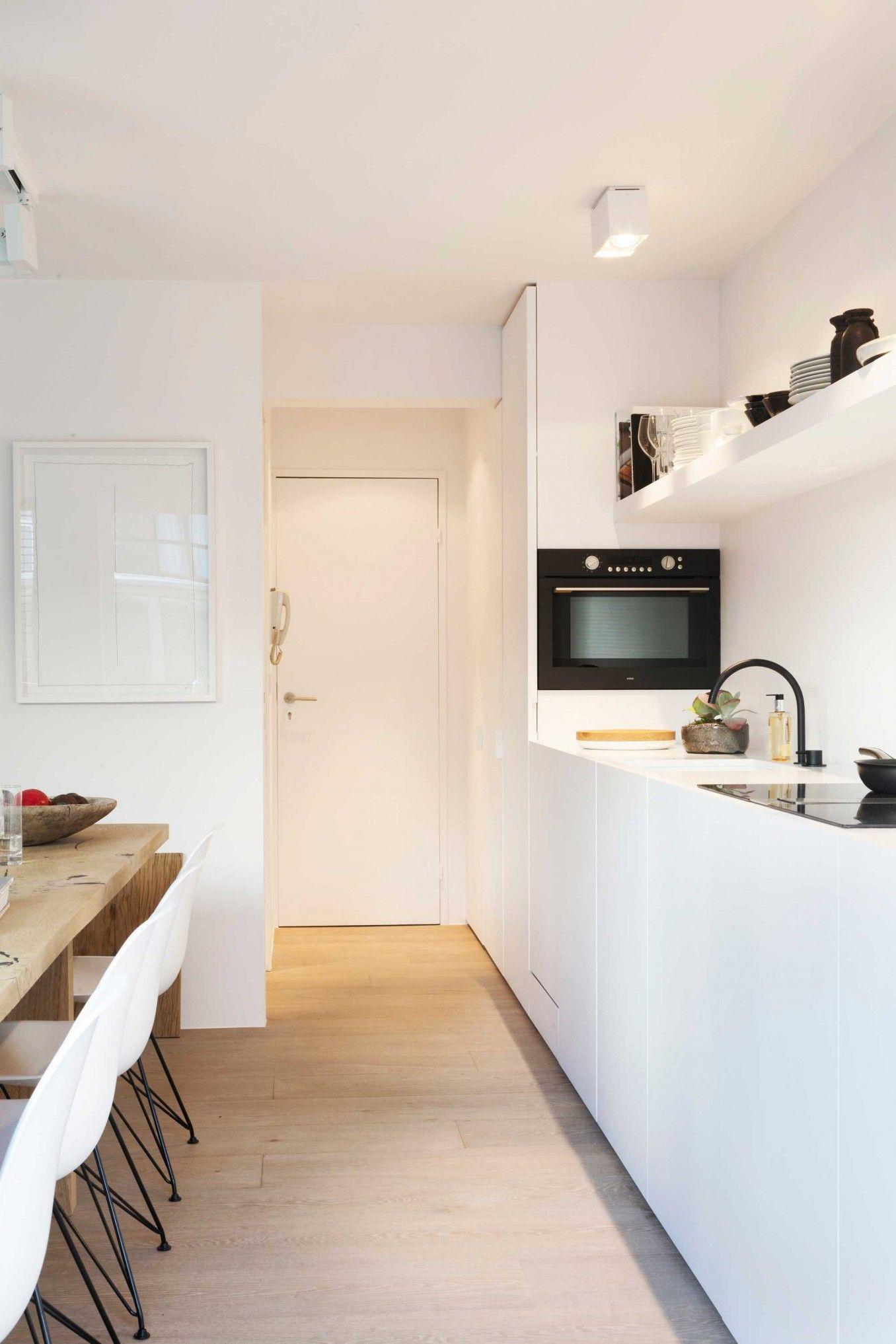 3 lussuoso monolacale con terrazza mini case armarios for Mini casa minimalista