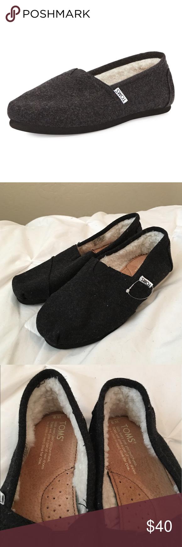 01098c454c7 Toms Classic Wooly Fleece Slip On New - never worn! The fleece