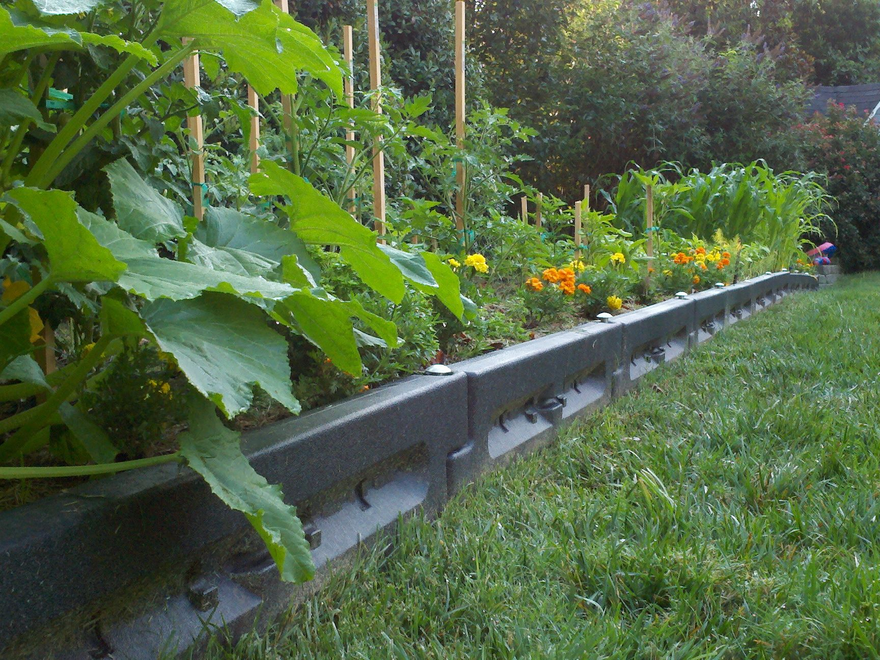 Plastic Playground Borders As Flower Bed Borders Lightweight And Easy