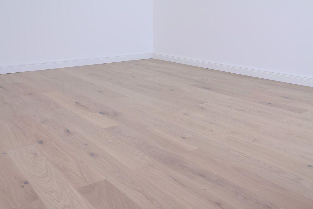 Planeo Parkettboden Modern Madrid Eiche Weiss Matt Lackiert