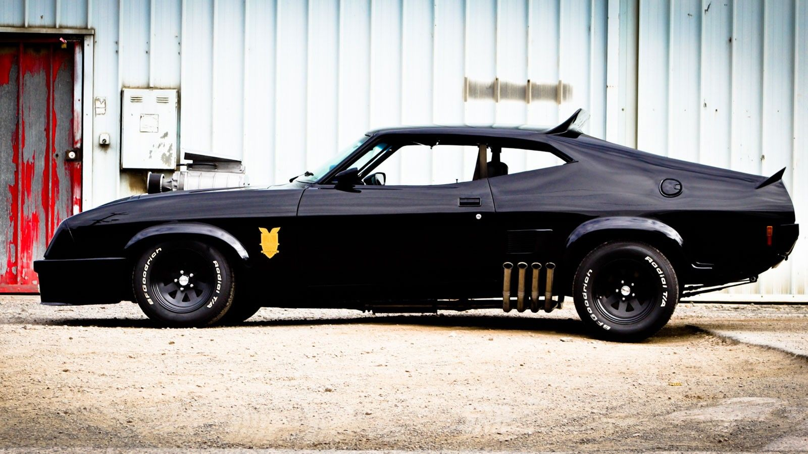 Mad Max interceptor | 1970\'s Ford Falcon XB and Holden Coupe ...