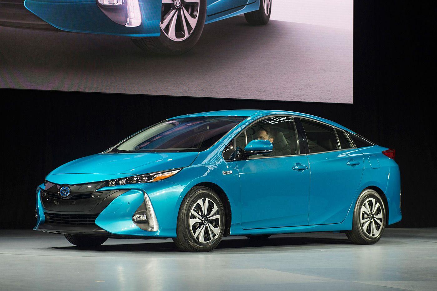 Toyota S Prius Prime Plug In Hybrid Touts 120mpg Toyota Prius
