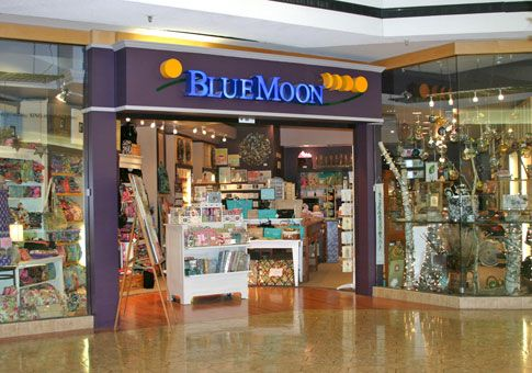 64 Blue Moon Great Gift Shop In Westfarms Mall Brio Tuscan Grille Shopping Blue Moon