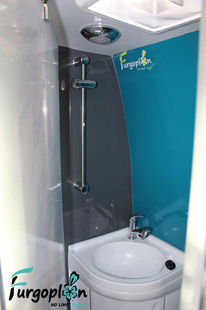 Interior ba o camper mueble de pvc con grifo ducha for Mueble para ducha